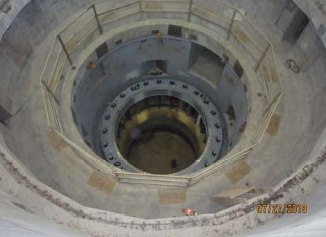 Unit 2 discharge ring/bottom ring installation