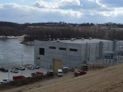 Downstream side of dam showing powerhouse and parking lot Feb. 26, 2020