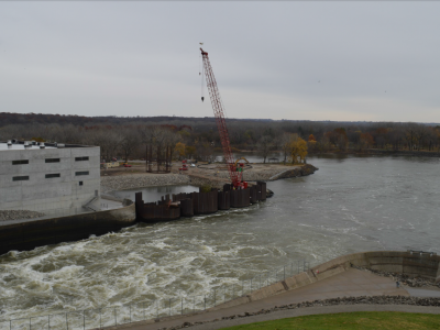 Downstream side of dam showing powerhouse, December 2018.